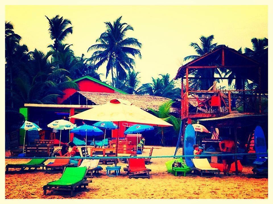 Kame Surf Camp